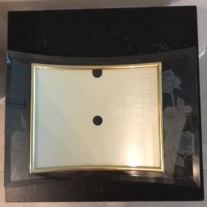 Rose etched curved picture frame